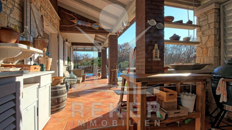 Sommerküche Kaufen : Schöne familien villa in vrsa