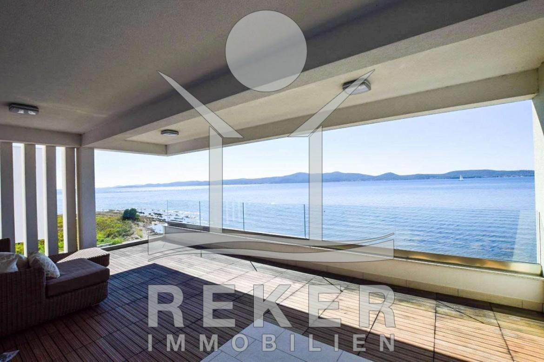 Sehr Luxuriöses Appartement Direkt Am Meer In Sukošan Terrassen Design Meer Bilder