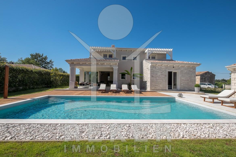 Großer Pool poreč schöne designer villa mit großem pool im garten
